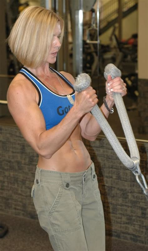 muscle mom mother strong honor mothers thin