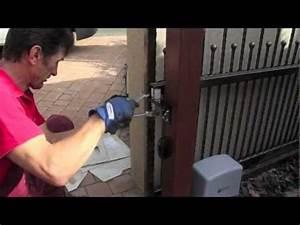 Einfahrtstor Selber Bauen : video montageanleitung tor und zaunanlage aus aluminiu ~ Lizthompson.info Haus und Dekorationen