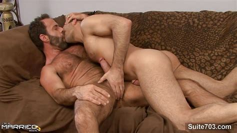 Gorgeous Married Guy Gets Fucked By A Gay Porntube