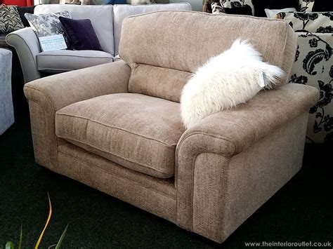 Superbly Comfy Luxury Quality Lennix Snuggler Chair By