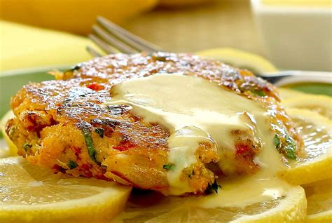 paleo crabcakes  lemon aioli sauce paleo newbie