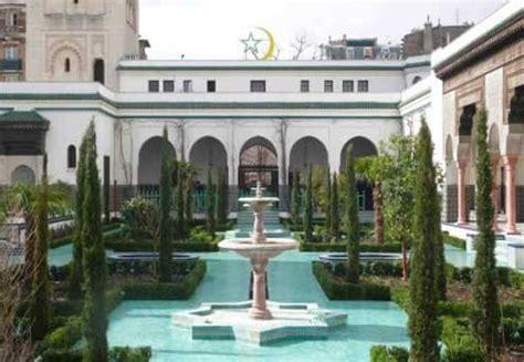 Pariser moschee, zentralmoschee paris, grande mosquée de paris (de); Motion appelant à « rectifier » le coran : Vive réaction ...