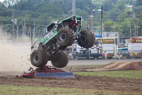 what happened to bigfoot the monster truck bigfoot no 1 the original monster truck traxxas youtube