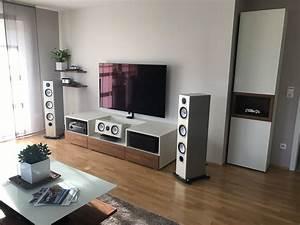 Tv Möbel Nussbaum : hifi moebel nussbaum cremefarben lackiert hanneslange ihre schreinerei ~ Indierocktalk.com Haus und Dekorationen