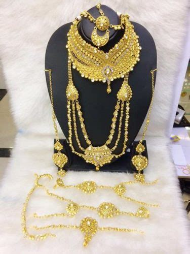 band gala  pendent gold necklace set