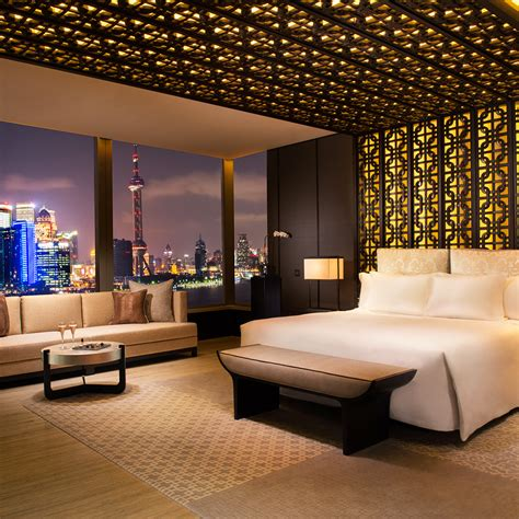 romantic hotels  shanghai travel leisure