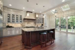 luxury kitchen islands luxury kitchen design ideas and pictures