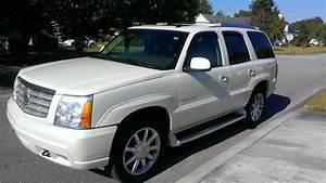 2005 Cadillac Escalade - Pictures