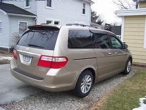 2005 Honda Odyssey - Pictures