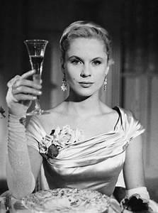 """William Aranguren on Twitter: """"4 actrices fundamentales en el cine de Ingmar Bergman: Liv ..."""