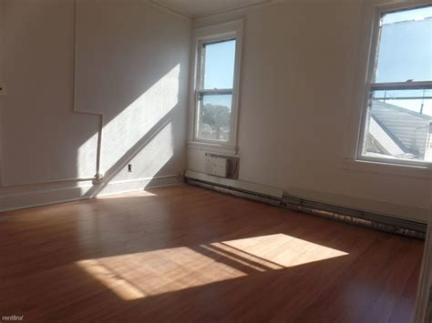 3 Bedroom Apartments For Rent In Paterson Nj by 408 10th Ave Paterson Nj 07514 Rentals Paterson Nj