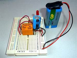 Swahiliteknolojia   Blinking Led Circuit With Schematics And Explanation