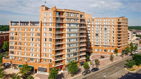 The Reserve At Clarendon Centre Apartments In Arlington