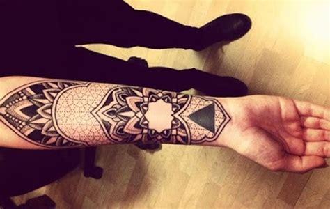 39 Attractive Wrist Tattoos