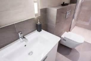 badezimmer ohne fenster das badezimmer sanieren und modernisieren