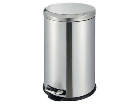 poubelle cuisine verte poubelle de cuisine verte paso poubelle pdale words l