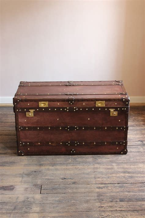 leather steamer trunk coffee table bespoke steamer trunk coffee table in leather bespoke