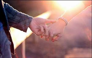 cute-couple-holding-hand-love-sunset | It's Written for You