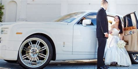 Wedding Limousine Services by Wedding Limousine Service Island Wedding Limousine