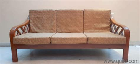 A sofa bed is one such furniture item, which is ideal for a small home. Pure heavy, best wooden sofa set with 3+1+1 seatings, with ...