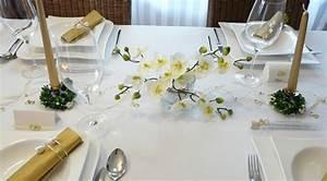 Tischdekoration Silberhochzeit Ideen : mustertische zur goldenen hochzeit bei tischdeko online ~ Frokenaadalensverden.com Haus und Dekorationen