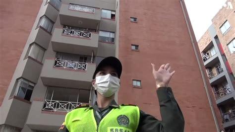 Dienas prieks: Kolumbijas policija diriģē iedzivotāju deju balkonos   liepajniekiem.lv