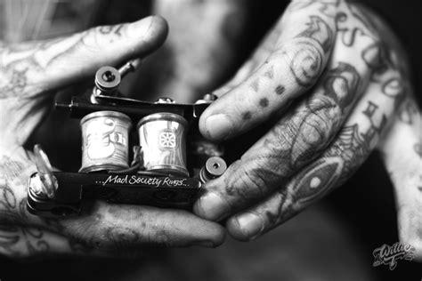 Mustfollow Tattoo Feeds On Instagram  Mashfeed Blog