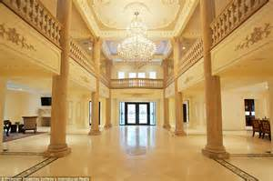 versailles style  jersey palace   rooms hits