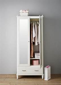 Armoire De Chambre Ikea : les 25 meilleures id es de la cat gorie ikea armoire ~ Teatrodelosmanantiales.com Idées de Décoration
