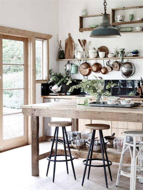 beautiful farmhouse interiors the gippsland farmhouse beautiful decor in the countryside decoholic