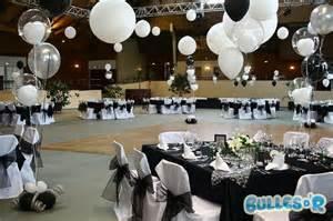 deco ballon mariage photos decoration mariage noir et blanc idées et d 39 inspiration sur le mariage