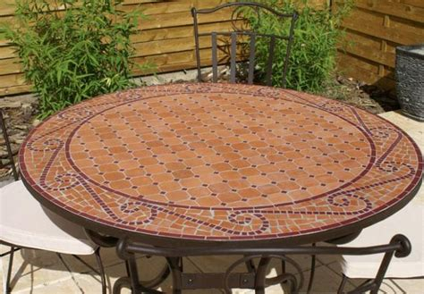 table jardin mosaique ronde 110cm terre cuite arabesque table jardin mosa 239 que