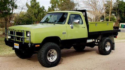 Roll Call for 1st gen flatbed pics   Dodge Diesel   Diesel