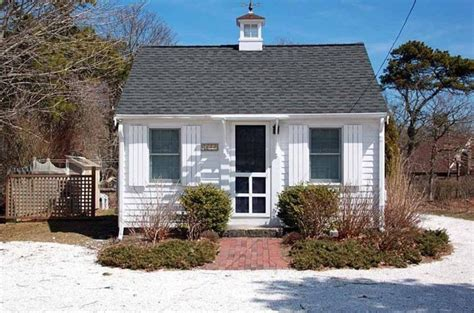 288 Sq Ft Tiny Cottage For Sale In Chatham, Ma