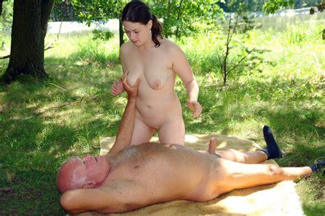 Mature naked couple outdoors - Hotnupics.com