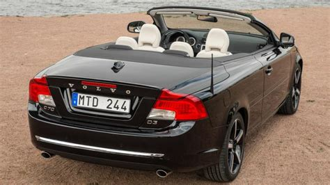 volvo  cabriolet   review carbuyer