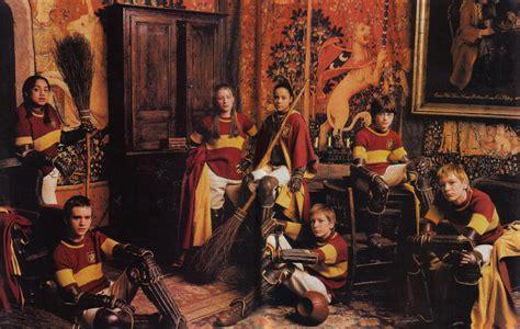 harry potter et la chambre des secrets pc fichier equipe de quidditch de gryffondor jpg wiki harry