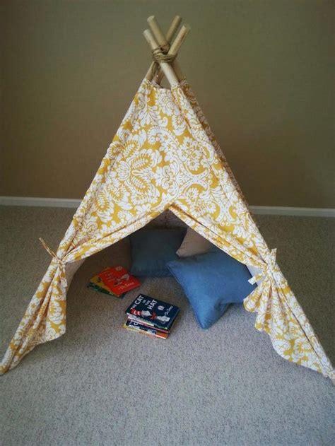 Zelt Kinderzimmer Klein by Tipi Zelt Diy Idee Kinderzimmer Kleines Spielzelt Kissen