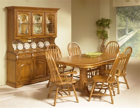 intercon furniture classic oak  piece trestle dining room