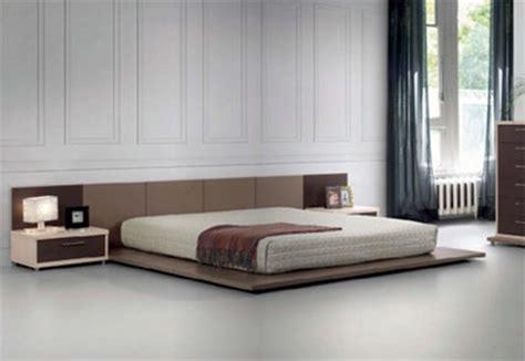 camas  ras de piso interiores