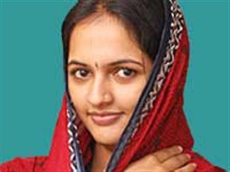 kannada tv actress jyothi rai ಕಲ ತ ಮಕ ಚ ತ ರಗಳ ಕಡ ಗ ಜ ಯ ತ ರ ಒಲವ actress jyothi rai