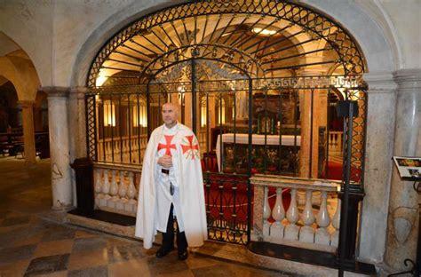 Sacri Vasi Mantova by Sacri Vasi A Mantova Templari Oggi