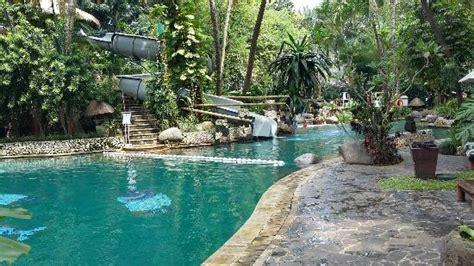 Hotel Aryaduta Lippo Village