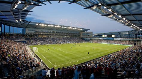 H&R Block, Sporting KC sign big sponsorship deal - Kansas ...