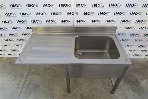 lavello usato lavello a sbalzo usato su vano a giorno in acciaio inox