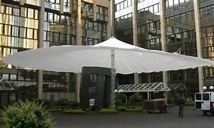 Sonnenschirmständer Für Große Schirme : schirme die wetterfeste berdachung f r ihr event ~ Lizthompson.info Haus und Dekorationen