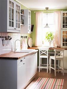 Kleine Schmale Küche Einrichten : kleine offene k che einrichten ~ Frokenaadalensverden.com Haus und Dekorationen