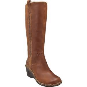 womens boots on sale ugg leather boot 39 s glenn