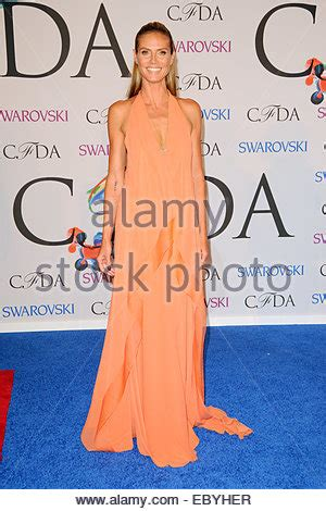 Cfda Fashion Awards Red Carpet Arrivals Featuring