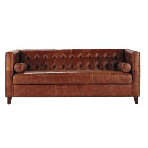 canape cuir marron 3 places canap 233 capitonn 233 vintage 3 places en cuir marron garrett maisons du monde